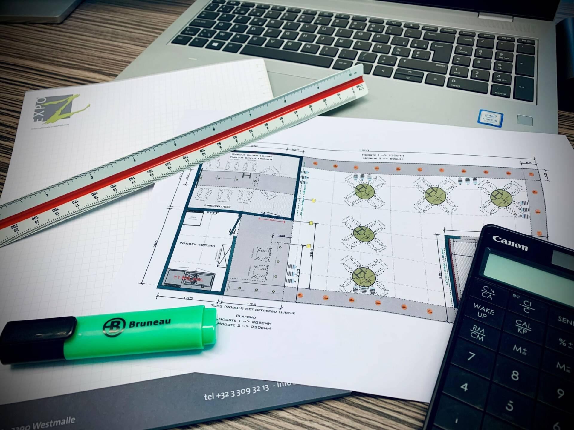 calculator / internal sales Expo Z
