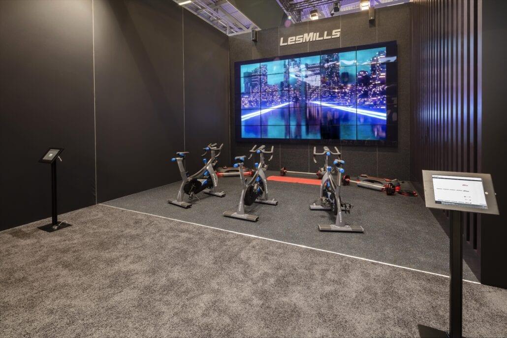 grote video wall presentatie ruimte beursstand Fibo Keulen