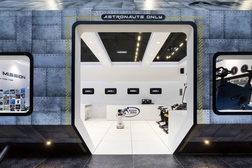beursstand ruimteschip idee Body Bike - Fibo Keulen