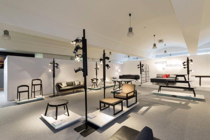 tentoonstelling meubelstukken op de Meubelbeurs Brussel