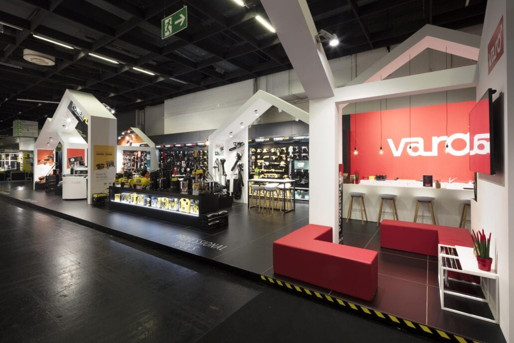 lounge meubels beursstand Varo Eisenwarenmesse Keuelen