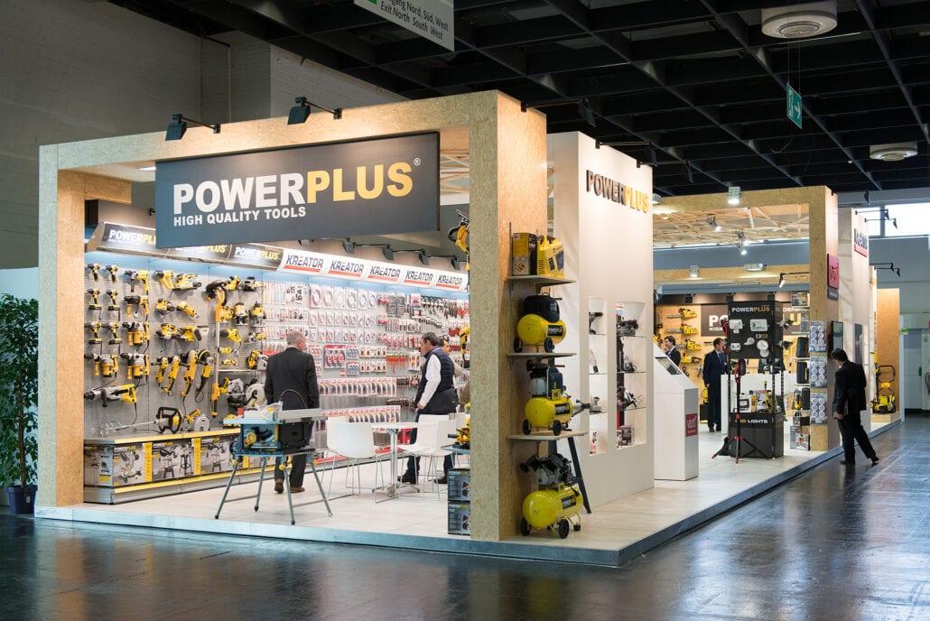 houtbouw beursstand voor Powerplus op Eisenwarenmesse Keulen