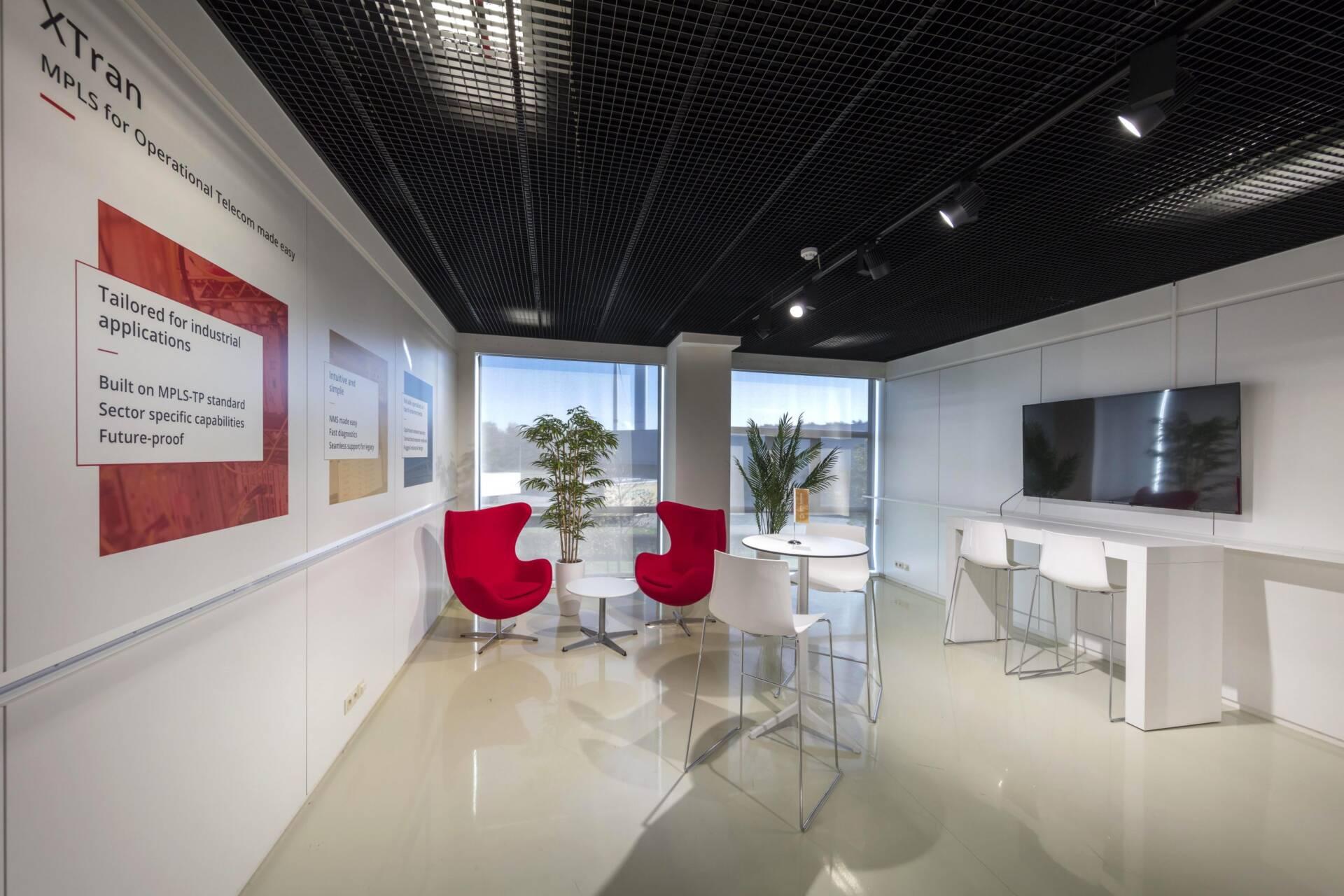 interieurbouw showroom OTN systems ontvangstruimte